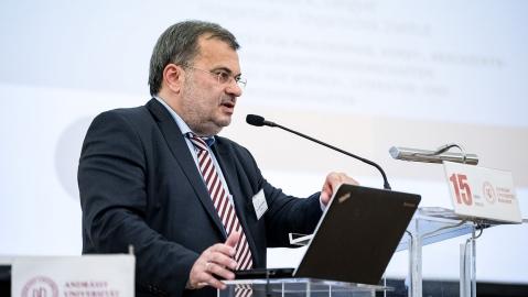 Dr. habil. Zsolt K. Lengyel, Direktor des Ungarischen Instituts der Universität Regensburg