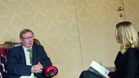 Im Gespräch mit AUB-Rektor Dietmar Meyer