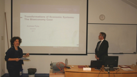 Transformations of Economic Systems: The Bioeconomy Case