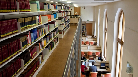 Studentische Hilfskraft für die Bibliothek gesucht