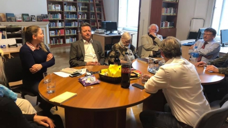 Liebe Mama, ich lebe noch! - Ernst Gelegs zu Gast am Buchklub-Treffen des Österreichischen Kulturforums Budapest