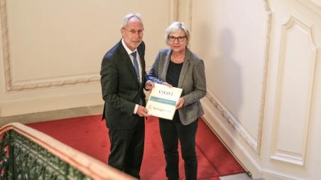 Materialhilfe der Konrad-Adenauer-Stiftung für die AUB