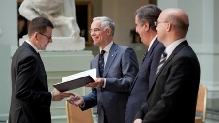 Ernennung von Dr. Hendrik Hansen zum Professor
