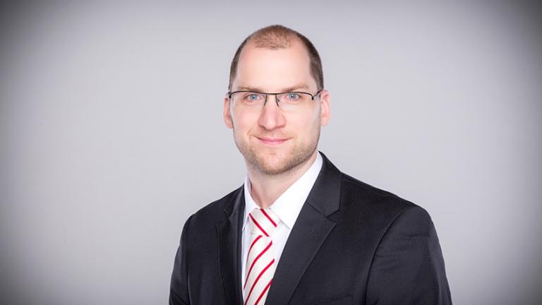 Dr. Holger  JANUSCH